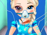 Baby Elsa in Krankenwagen