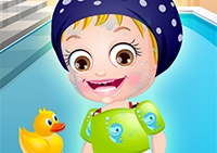 baby-hazel-swimming-time39.png